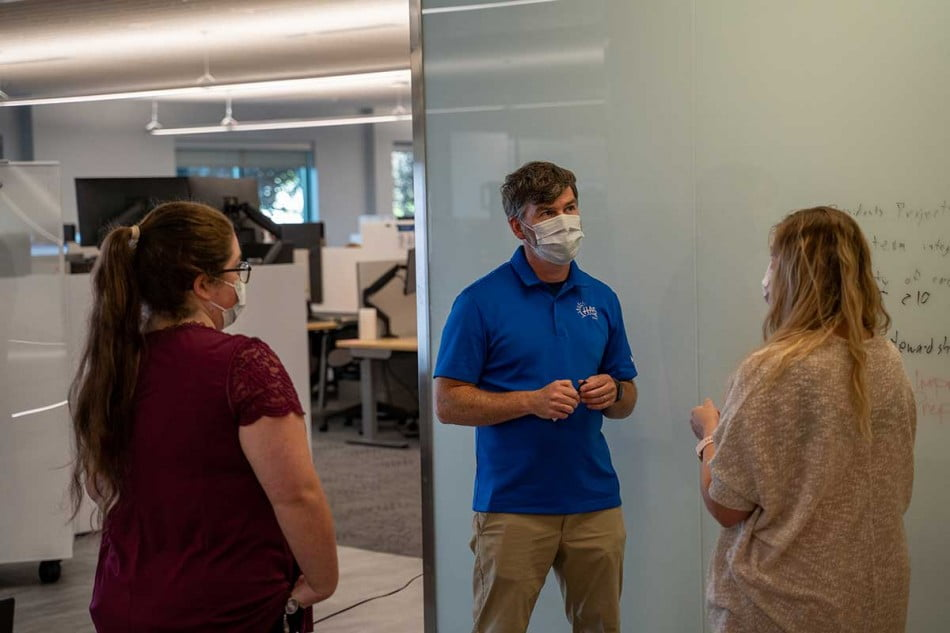 Pharmacy Residence Students talk with Residency Program Director Michael Tobin