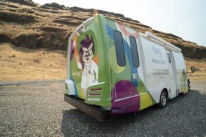 Mobile-Clinic-Outside-2