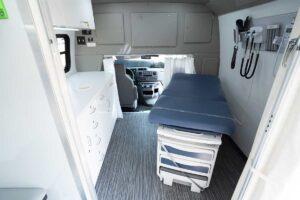 mobile-clinic-interior-4